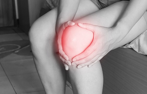www.dementia-devotion.com Mam's arthritic knees