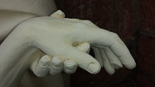 www.dementia-devotion.com The love felt holding a hand is set in stone in the memory